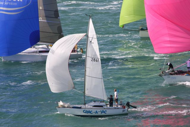 Crac-A-Jac with Edwin Delaat and Steve Alloway rounding North Head